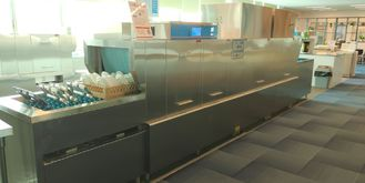 China Energy Efficient Commercial Dishwasher For Hotels , Conveyor Dish Machine supplier